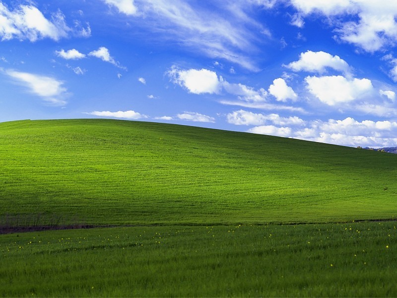 Relive Windows XP Nostalgia with Bliss HD Wallpapers 800x600
