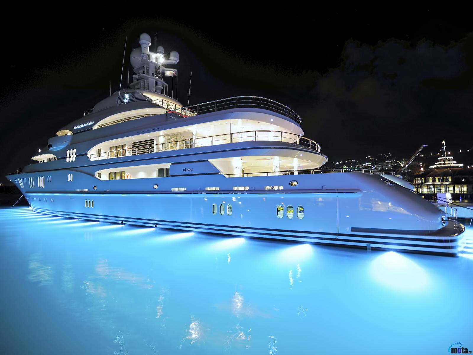 Yacht free Wallpapers  for your desktop, download pictures 1600x1200