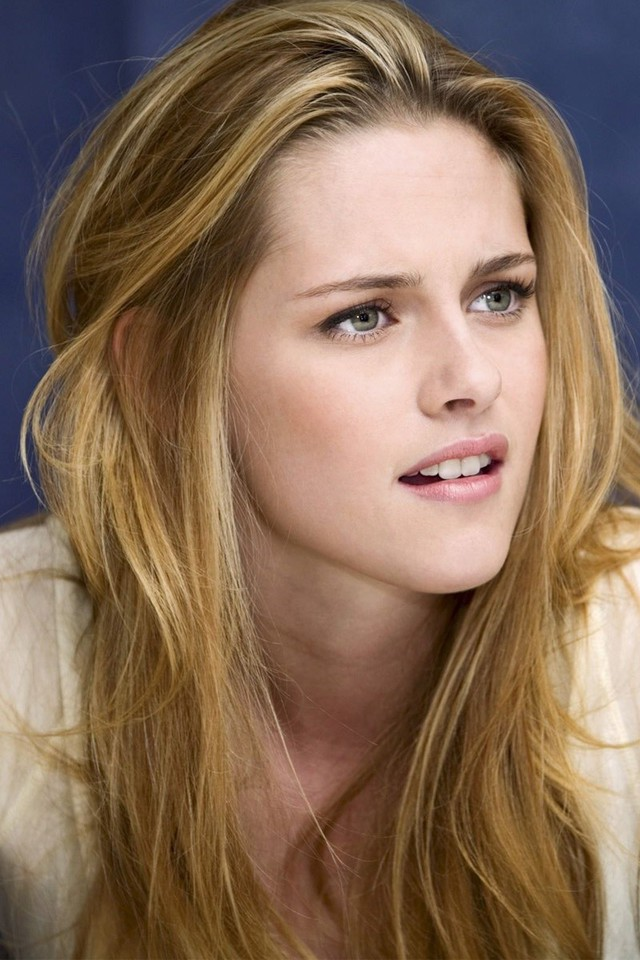 Lovely kristen stewart high definition iphone wallpapers iPhone